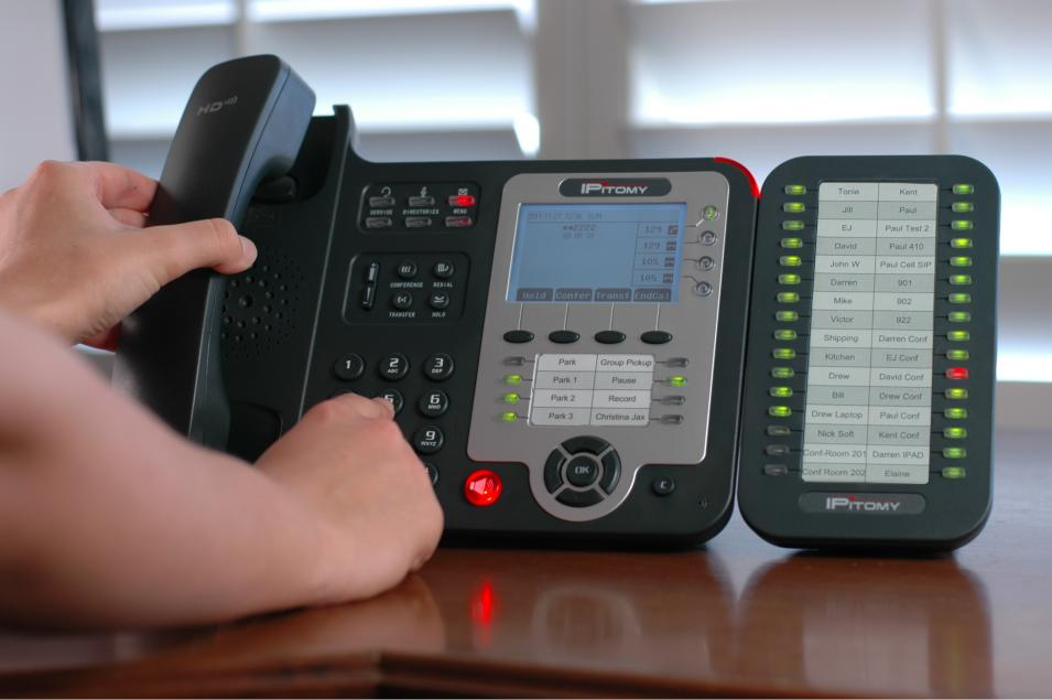 IP410 With IPX32 Console